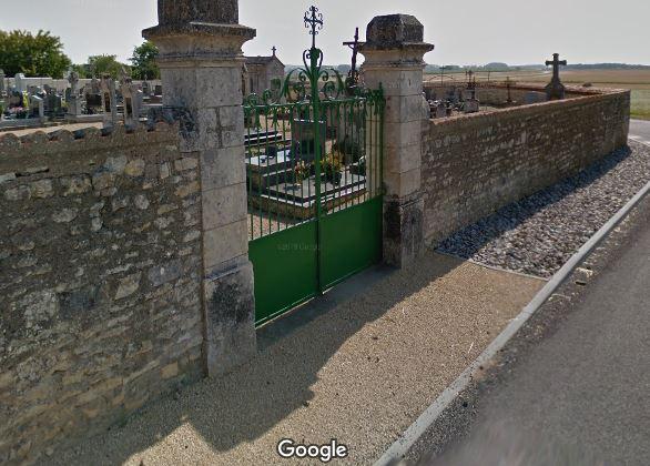 Porte d'entrée du cimetière de Chabournay