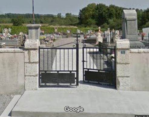 Porte d'entrée du cimetière de Candresse