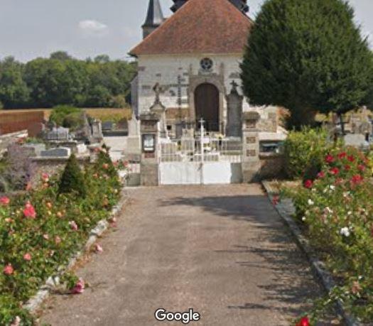 Porte d'entrée du cimetière de Saint-Pouange