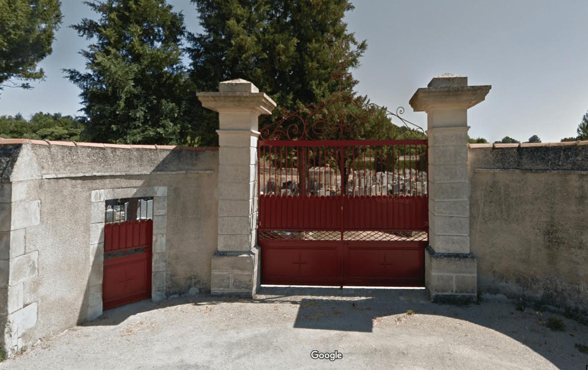 cimetière de Mirebeau