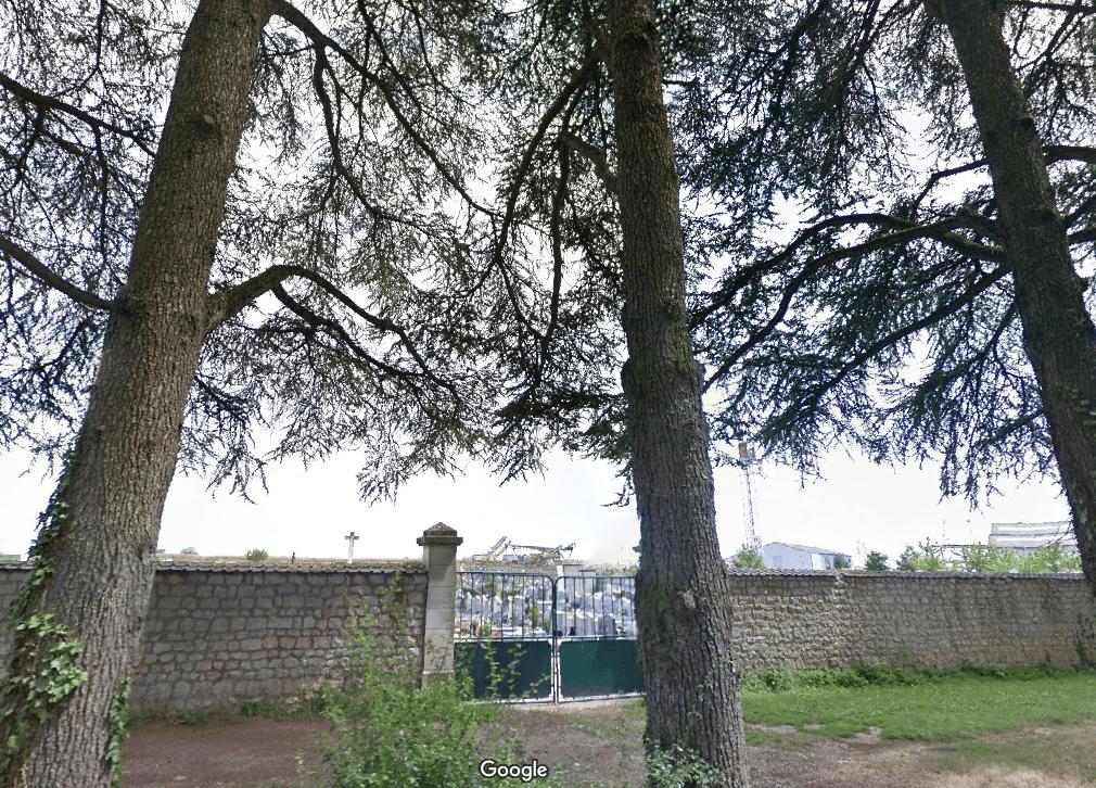 Nouveau cimetière de Saint-Julien-l'Ars