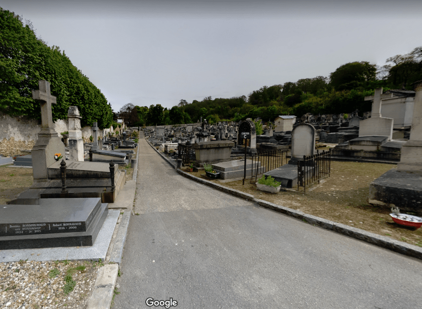 Cimetière àRue Saint-Honoré de Versailles