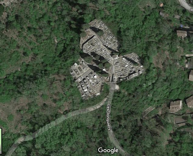 Photo aérienne du cimetière communal de Molières-sur-Cèze