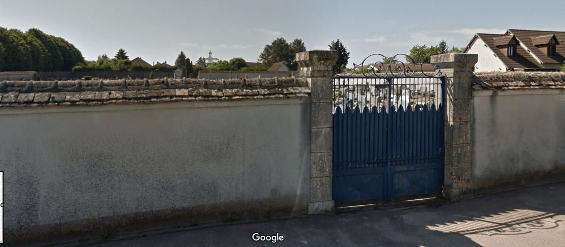 ancien cimetière de La-Chapelle-Saint-Ursin