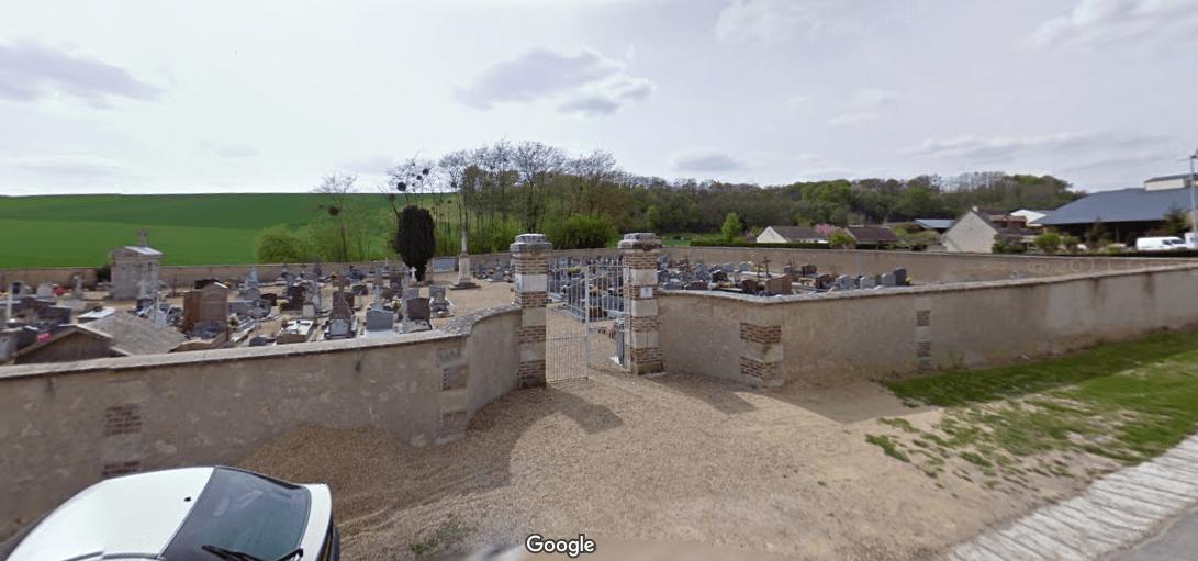 cimetière de la commune de Mazangé