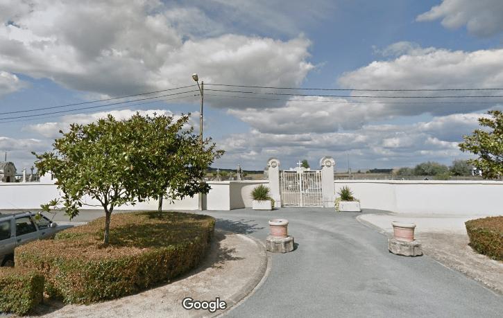 cimetière de Corné