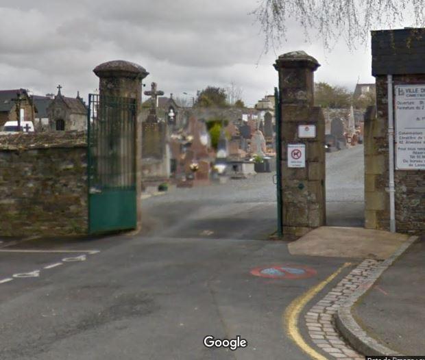 Porte d'entrée du cimetière de Lannion