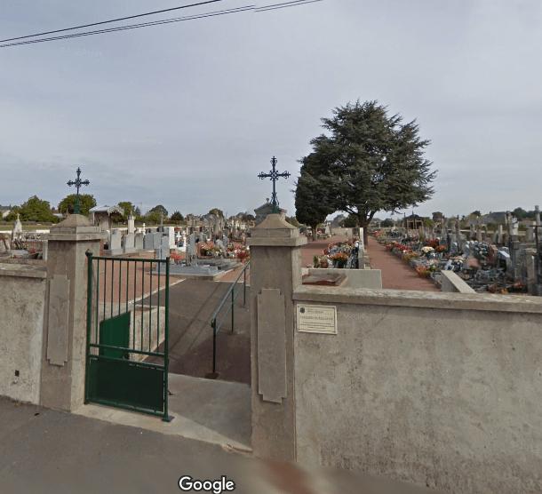 cimetière de Douces Rue du Puy Notre DameDoué-la-Fontaine49700