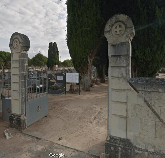 cimetière de Longué jumelles