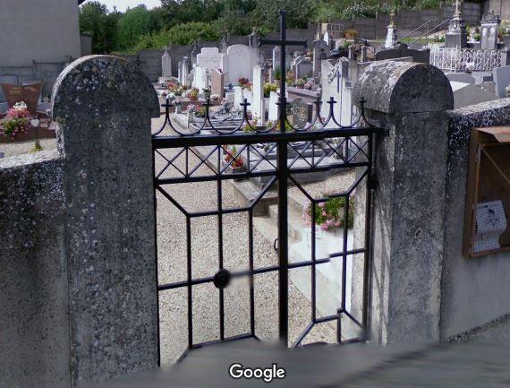 Porte d'entrée du cimetière de Sainte-Euphémie