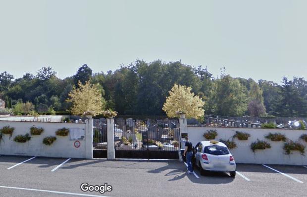 cimetière de Saint bonnet de mure